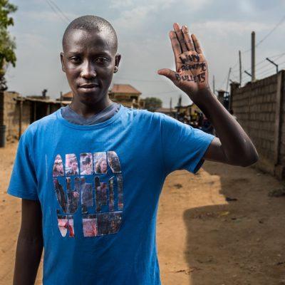 Lombe Robert ha perso diversi compagni di classe nel conflitto. Spera che il Sud Sudan smetta di ricorrere alle armi per risolvere i problemi.