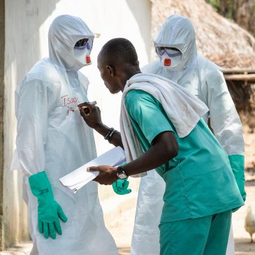 Ebola: il rischio che l'epidemia si allarghi