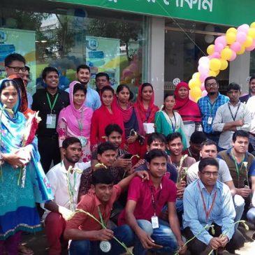 Bangladesh: l'assicurazione sanitaria del minimarket