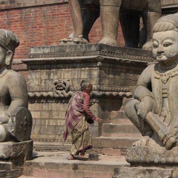 Nepal sulla scia dell'India: rischio pandemia fuori controllo