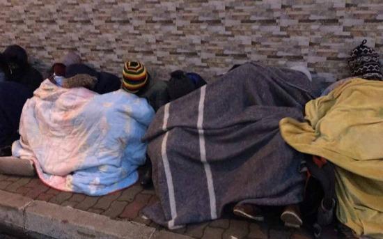 Algeri: studenti dello Zimbabwe abbandonati a sé stessi