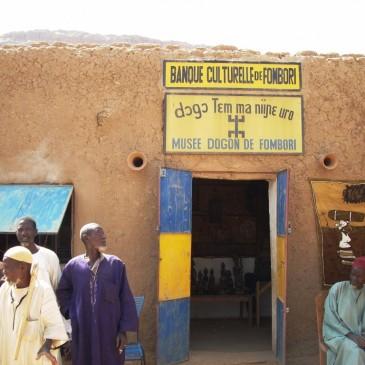 Mali: contro il terrorismo, le banche fanno credito e cultura