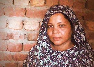 Giudice si ritira, ancora un rinvio per Asia Bibi