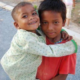 «Forse sono i bambini a sostenere il mondo…»