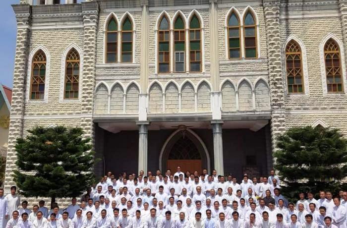 Taunggy, aggiornamento per 150 sacerdoti dalle diocesi fondate dal Pime