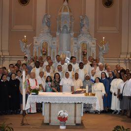 Con Maria Regina degli Apostoli l'ultima festa alla Casa generalizia di Roma