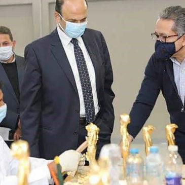 Stop alle imitazioni cinesi: l'Egitto apre la sua fabbrica di riproduzioni archeologiche