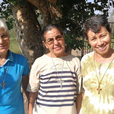 Le suore Dorinda, Maria e Lorena