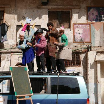 Beirut: a scuola con il naso rosso