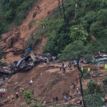 «Filippine: uccisi dalla miniera, non dall'uragano»