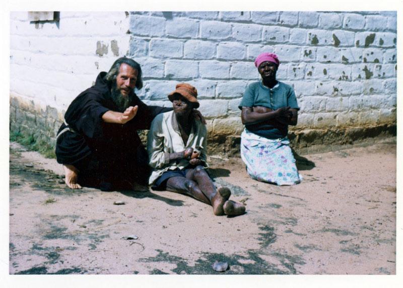 John Bradburne, il martire dei lebbrosi nello Zimbabwe