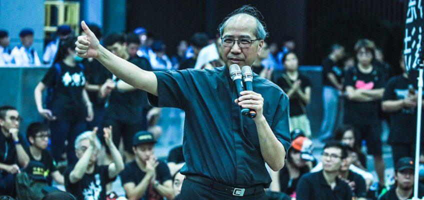 La domenica dei due milioni a Hong Kong