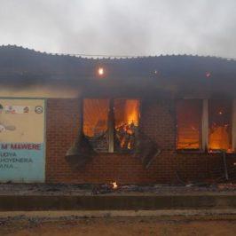 Malawi, l'unico ospedale in fiamme mentre avanza il Covid