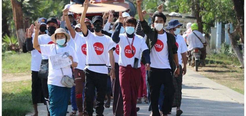 «Il Myanmar che protesta con il volto della dignità»