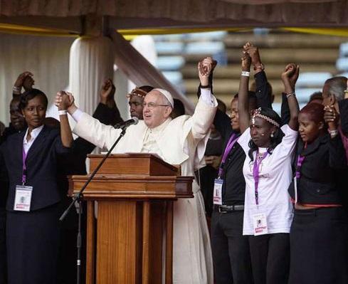 Il Papa: «Giovani, non escludete la missione»