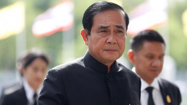 Thailandia, vincono comunque i militari