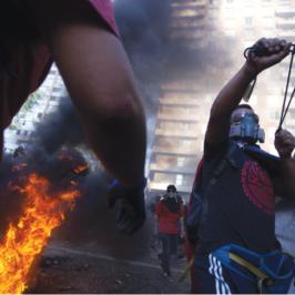 Il Cile in fiamme