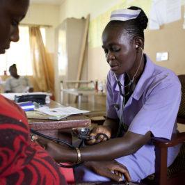 Sierra Leone, ritorno a scuola per le ragazze madri