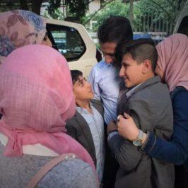 Fuggiti dalla Siria si riabbracciano in Cambogia. Dopo 7 anni