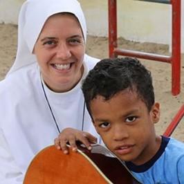 Sister Claire, il Buon pastore e il terremoto in Ecuador