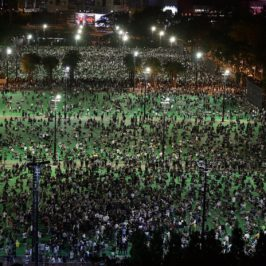 Il Quattro giugno «sospeso» di Hong Kong
