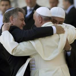 «La preghiera, tesoro dei credenti di ogni religione»