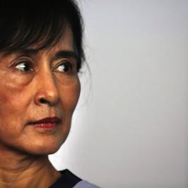 San Suu Kyi in Thailandia: le richieste dei migranti birmani