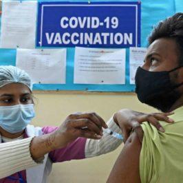 Brevetti sui vaccini anti-Covid: la contraddizione dell'India