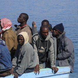 Decalogo di realismo per capire l'«immigrazione clandestina»
