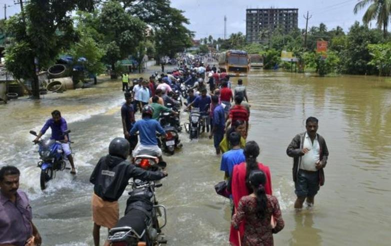 Dal Kerala ferito le voci degli sfollati e della solidarietà