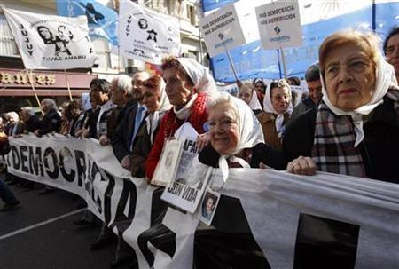 Vaticano e Chiesa argentina aprono gli archivi sugli anni della dittatura