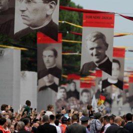 Albania, dove la Chiesa risorge