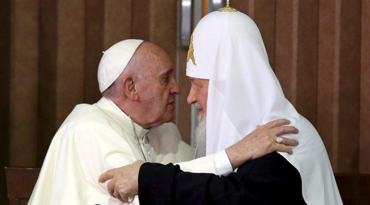 Il Papa e il Patriarca oltre la politica ecclesiastica