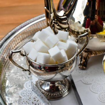«Mangiate più zucchero»: il messaggio dolceamaro dell'India