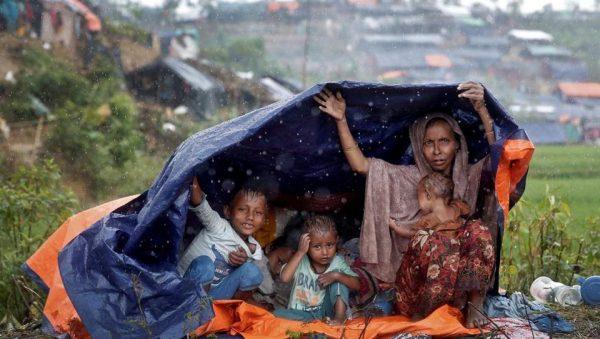 «Rohingya, la carità venga prima di tutto»