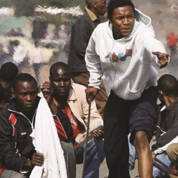 Sudafrica, caccia al nero