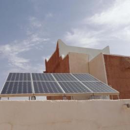 Nel deserto spunta l'oasi eco-compatibile