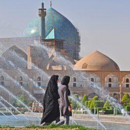 Viaggio nell'Iran che cambia