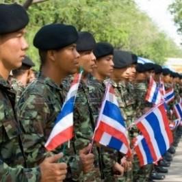 Thailandia, la corsa a ostacoli verso le elezioni